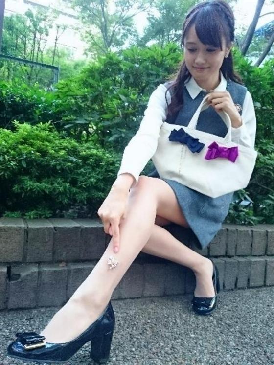 大澤亜季子 Bカップ胸チラと美脚を披露したトレたまキャプ 画像30枚 23