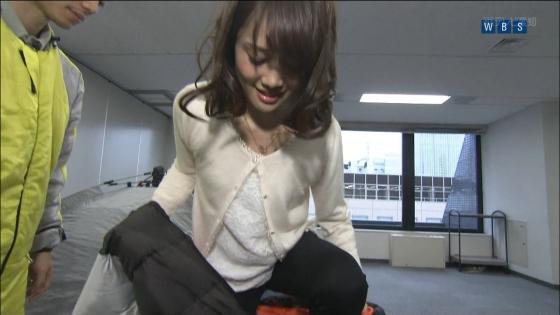 大澤亜季子 Bカップ胸チラと美脚を披露したトレたまキャプ 画像30枚 26