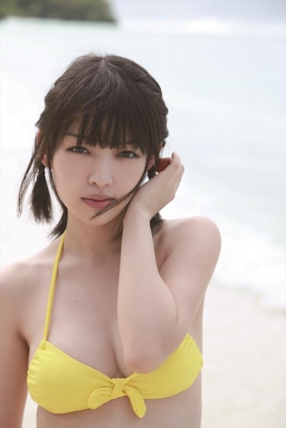 安藤遥 ノーブラFカップ巨乳と色白な肌がセクシーなグラビア 画像30枚 12