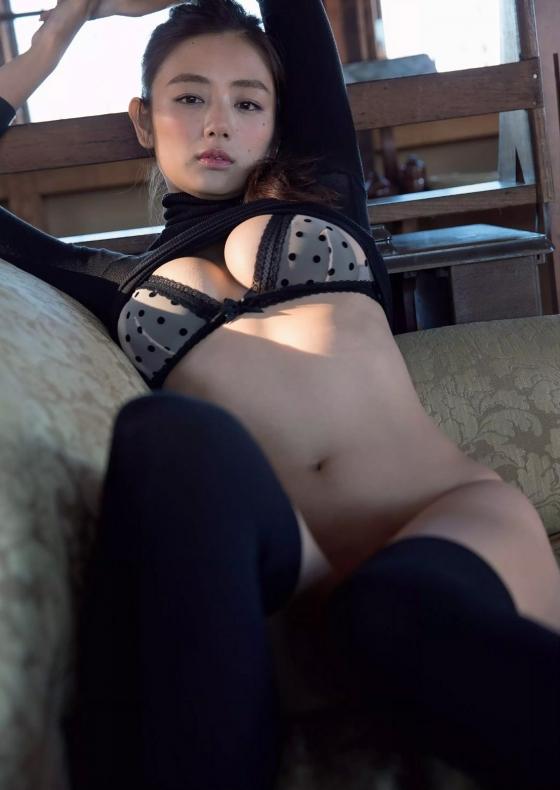 片山萌美 三国天武CMのGカップ爆乳露出キャプ 画像27枚 26