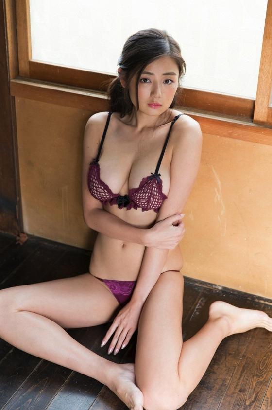 片山萌美 三国天武CMのGカップ爆乳露出キャプ 画像27枚 30
