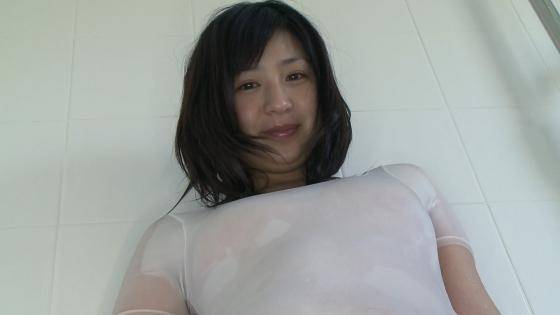 佐山彩香 DVD素肌のお尻の割れ目丸見えな透け競泳水着キャプ 画像84枚 6