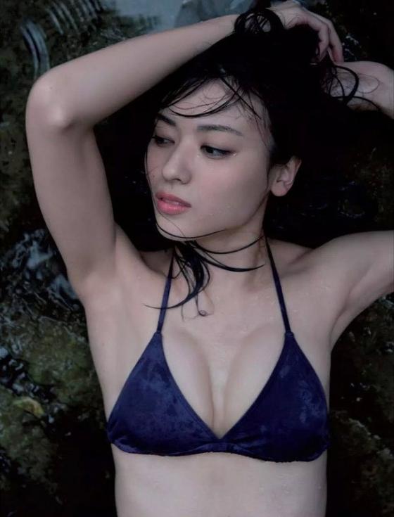 矢島舞美 ℃-uteリーダーの写真集水着谷間グラビア 画像24枚 1