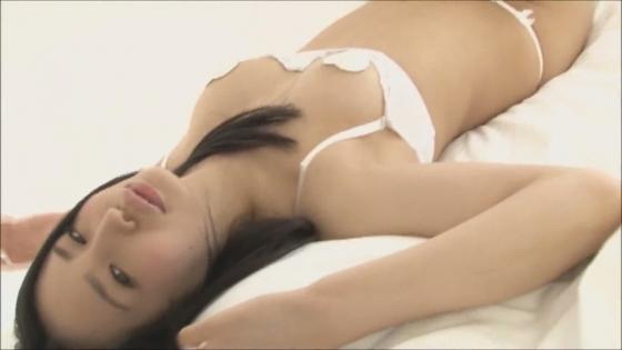 宇佐美りお POP TUNEのマイクロビキニが食い込むお尻や股間キャプ 画像47枚 37