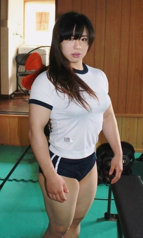 中井りん やらかす格闘家が全裸でGカップと筋肉を披露 画像16枚 3