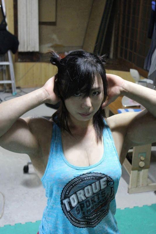 中井りん やらかす格闘家が全裸でGカップと筋肉を披露 画像16枚 5