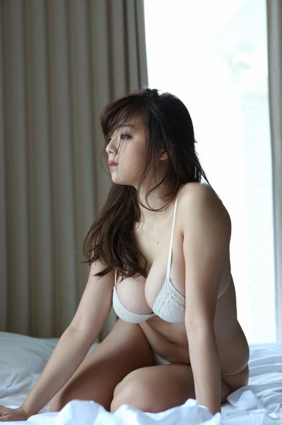 篠崎愛 デビュー当時からのGカップ爆乳成長記録 画像42枚 1