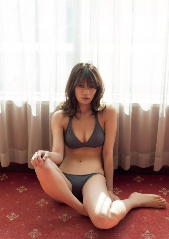 佐藤美希 週プレのFカップ水着姿最新グラビア 画像23枚 5