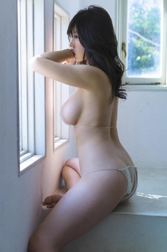 鈴木ふみ奈 VENUS☆FUMINAの貝殻ビキニでソフマップ販促 画像28枚 14