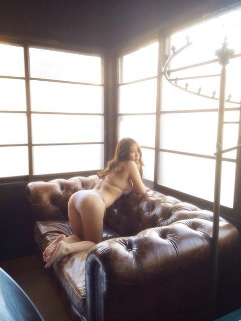 西田麻衣 DVDあまい誘惑のIカップ垂れ乳爆乳キャプ 画像29枚 23