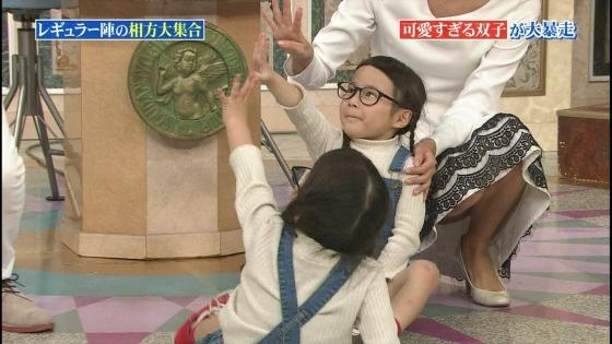 徳島えりか しゃがみパンチラと美脚を披露した行列キャプ 画像22枚 11