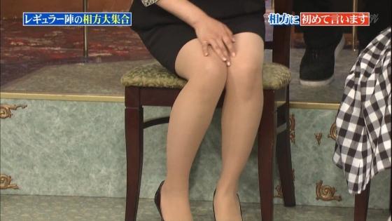 徳島えりか しゃがみパンチラと美脚を披露した行列キャプ 画像22枚 15