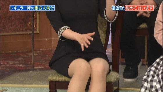 徳島えりか しゃがみパンチラと美脚を披露した行列キャプ 画像22枚 16