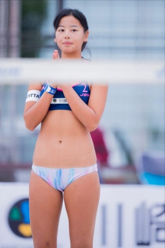 坂口佳穂 ビーチバレー界のアイドルが新水着でマイナビ所属会見 画像19枚 14