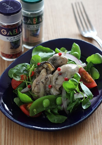 牡蠣オイル漬けサラダ仕立て2