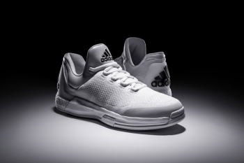 adidas-triple-white-crazylight-boost-00.jpg