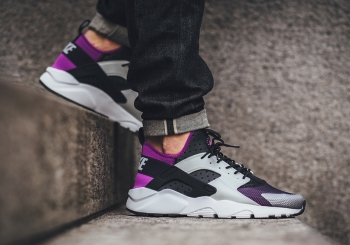 nike-air-huarache-ultra-medium-berry-og-02.jpg