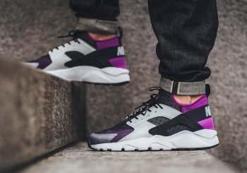 nike-air-huarache-ultra-medium-berry-og-03.jpg