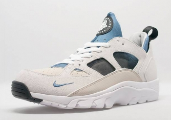 nike-air-trainer-huarache-escape-colorway-01.jpg