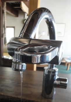 201512 台所水栓 水漏れ
