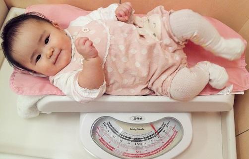 生後7カ月 体重測定2