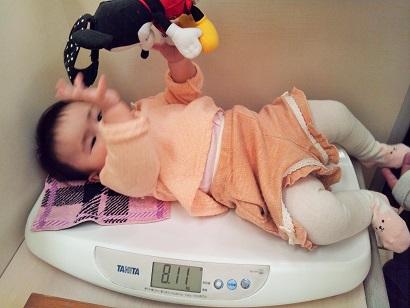 生後8か月 体重測定2