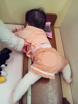 生後8か月 身長測定2