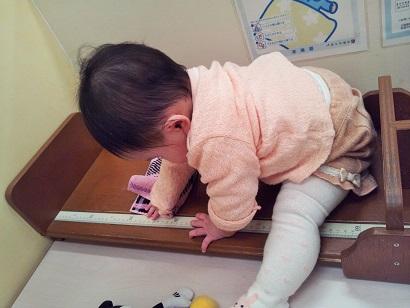 生後8か月 身長測定3