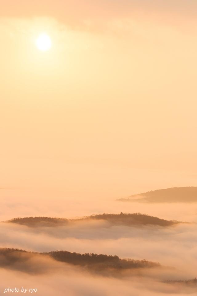 雲の上からの日の出の日_2