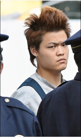 ①礒野和晃(いそのかずあき)(21)が大山真白さんをハンマーで殴り殺す!