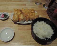ホワイト餃子!