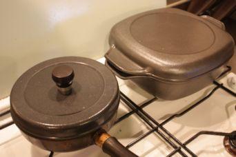 味わい鍋2つ