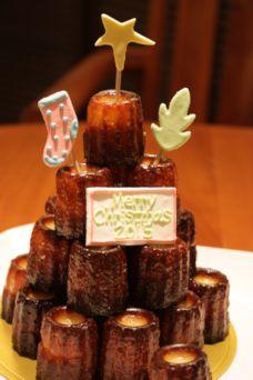 カヌレクリスマスケーキ