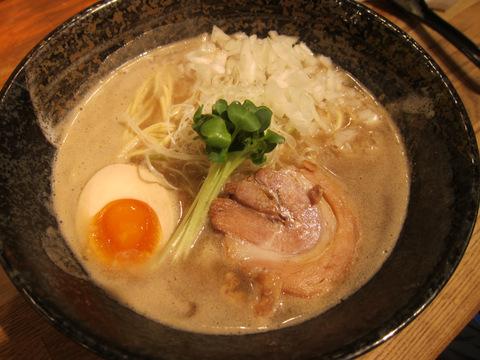 みつ星製麺所(濃厚らーめん)