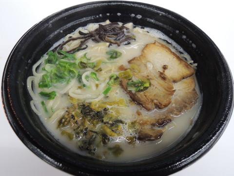 豚骨ラーメン(540円)
