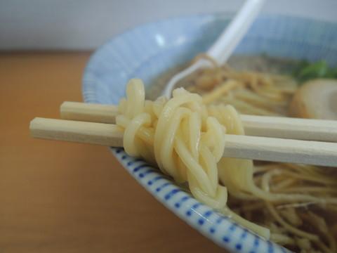 中華そば(しょうゆ)の麺