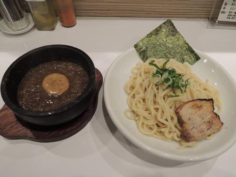 香辛つけ麺(並)200g(800円)