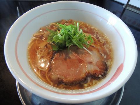 柳麺(醤油)(700円)
