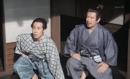「穴山梅雪の手引にて、徳川方、武田ご領内に乱入の由にございます。」 真田丸