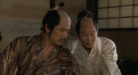 「無下に断ってはカドが立ちます。まあ、兵は出すと言っておいて、後はのらりくらり」本多正信 真田丸