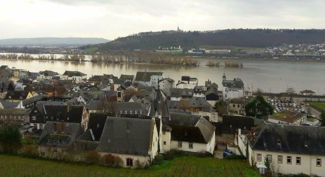 Rüdesheim, Blick aus Seilbahn, 20151206_113135 のコピー