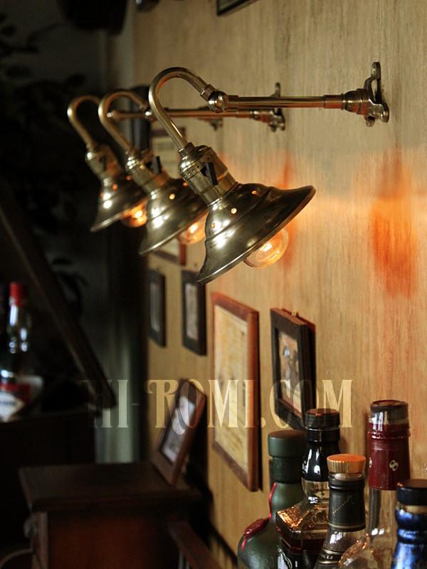 角度調整 真鍮照明 アンティーク ヴィンテージ インダストリアル Industrial lamp shade brass