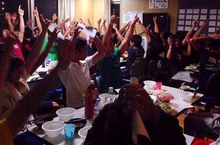 2014インカレ前最後の解散時、食堂満員御礼