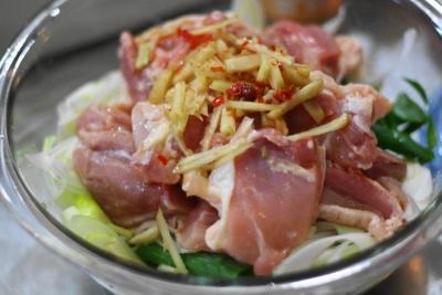 無水調理 de 鶏肉と長ねぎのピリ辛中華蒸し3