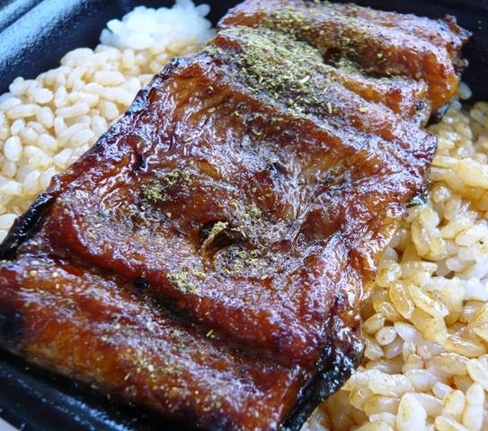 京丸:鰻弁当2