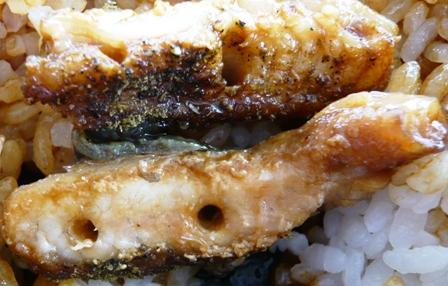京丸:鰻弁当3