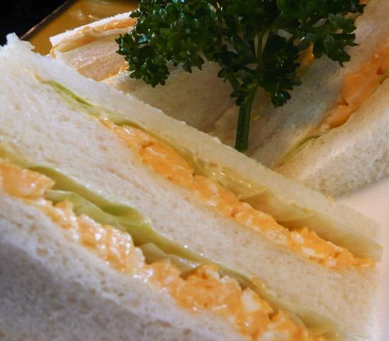 トップハット:エッグサンド