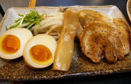 三河開化亭:こってり味噌つけ麺;トッピング具材