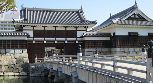表御門と御門橋