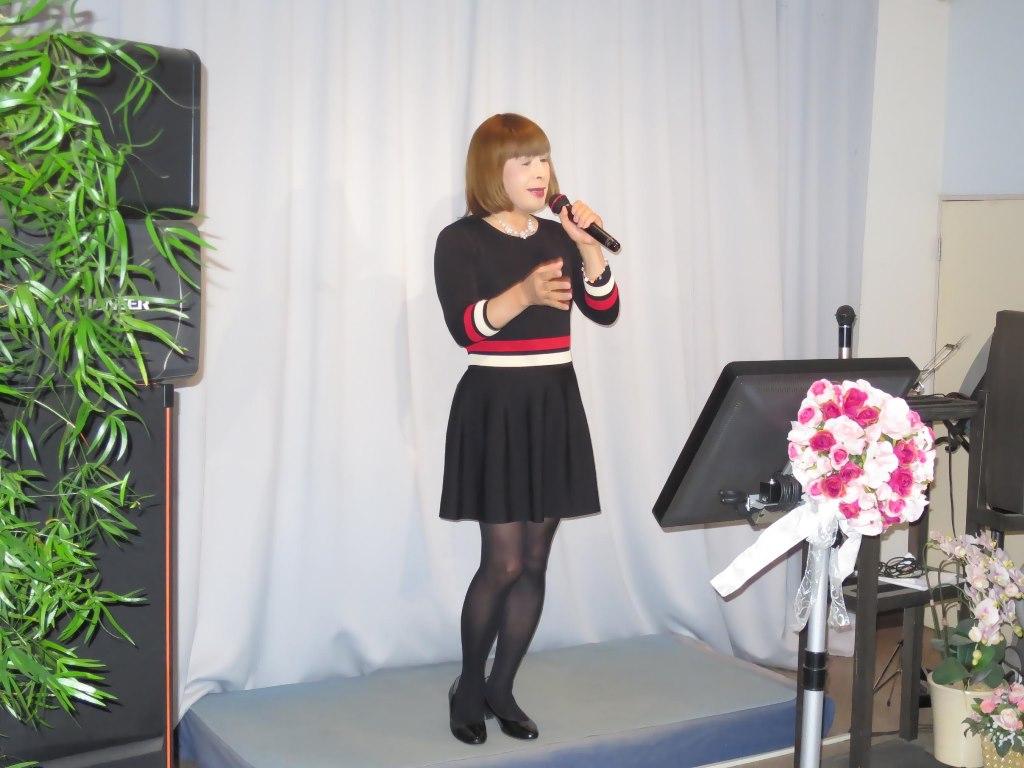 黒ワンピースカラオケ(2)